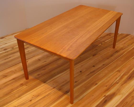 ユーロ ダイニングテーブル